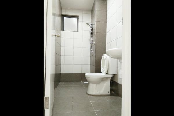 Toilet weydug6m7yplz2jgy1i1 small