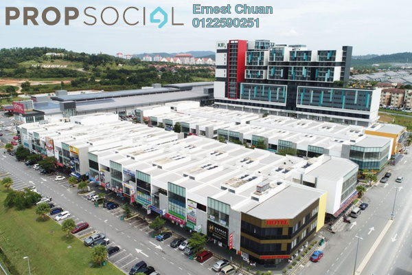 Shop For Sale in Core SoHo Suites, Sepang Freehold Unfurnished 0R/1B 725k