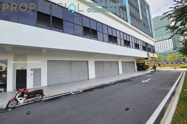 Shop For Sale in Core SoHo Suites, Sepang Freehold Unfurnished 0R/1B 908k