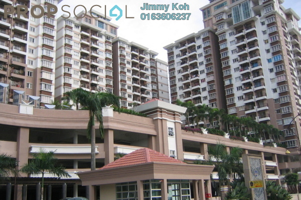 For Sale Condominium at Ampang Boulevard, Ampang Freehold Semi Furnished 3R/2B 360k