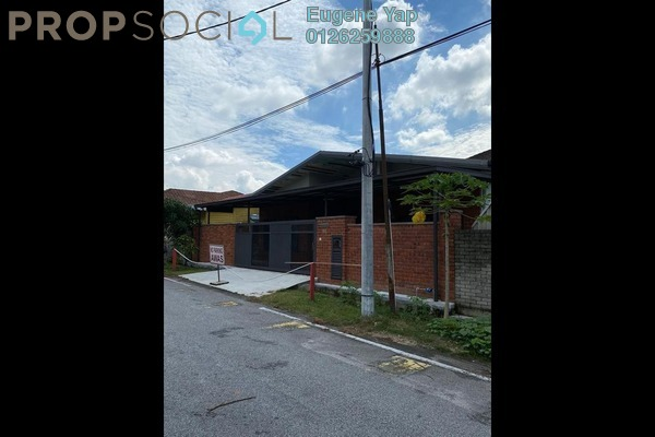 Bungalow For Sale in Kepong Ulu, Kepong Freehold Semi Furnished 4R/2B 750k