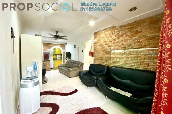 Apartment For Sale in Casmaria Apartment, Batu Caves Freehold Semi Furnished 3R/2B 335k