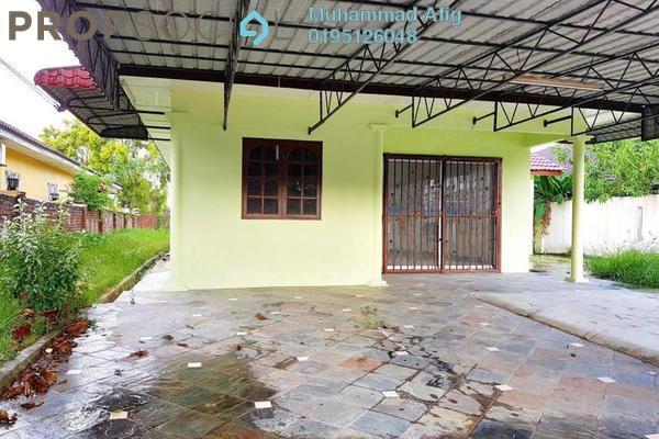 Bungalow For Sale in Desa Subang Permai, Subang Freehold Semi Furnished 3R/2B 720k