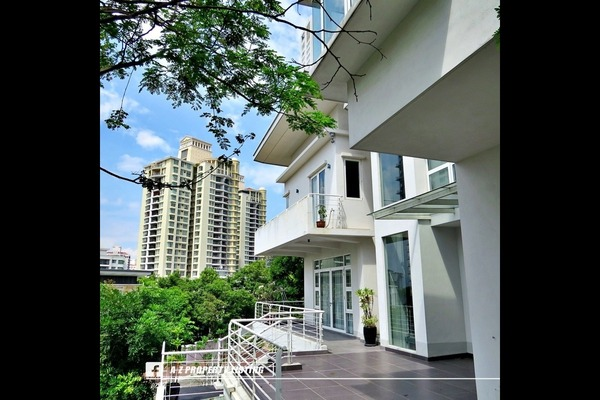 For Sale Bungalow at The Residence, Mont Kiara Freehold Semi Furnished 7R/6B 10.5m