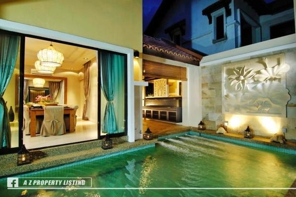 Cornerwiduri   courtyard swimming pool v1hnnm7eddc tc56uy2h4alnzeujsnss small