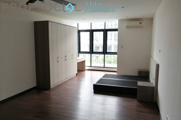 Condominium For Sale in Q Suite @ Queensville, Bandar Sri Permaisuri Freehold Semi Furnished 1R/1B 299k