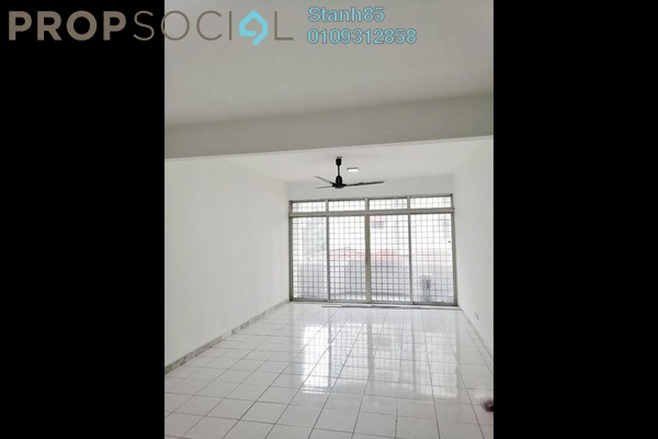 Condominium For Sale in Bukit OUG Condominium, Bukit Jalil Freehold Semi Furnished 3R/2B 360k