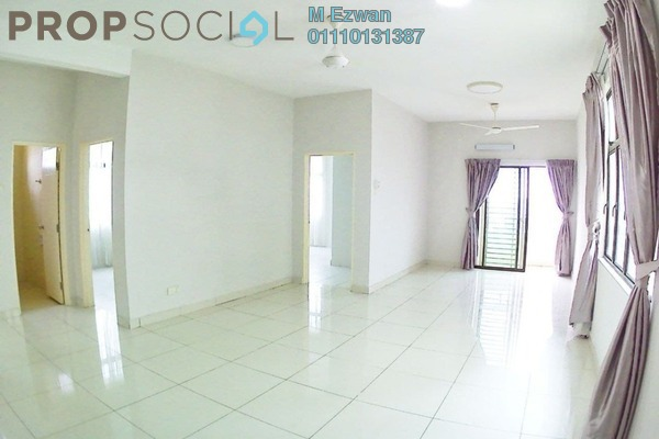 Condominium For Sale in Kristal View, Shah Alam Freehold Semi Furnished 4R/2B 459k