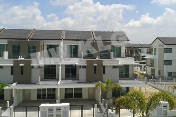 For Rent Terrace at Bandar Botanic, Klang Freehold Semi Furnished 4R/4B 1.8k
