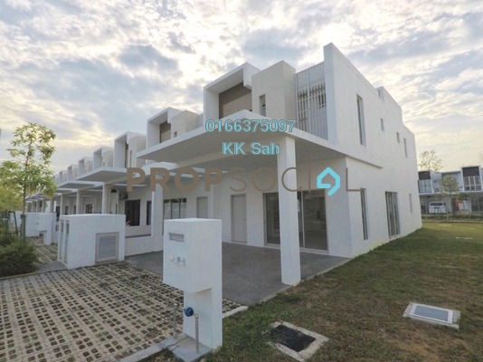 For Sale Link at Cybersouth, Dengkil Freehold Unfurnished 3R/3B 618k