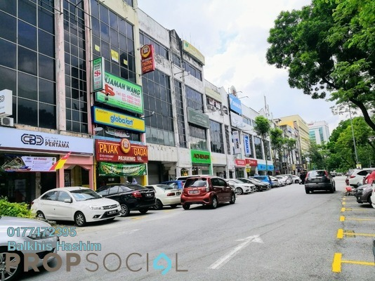 Office For Rent in Section 9, Shah Alam Freehold Semi Furnished 3R/2B 1.4k