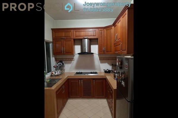 Apartment For Sale in Desa Impiana, Puchong Freehold Semi Furnished 3R/2B 380k