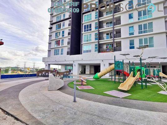 Condominium For Sale in De Centrum Residences, Kajang Freehold Semi Furnished 3R/2B 400k
