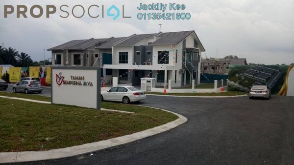 For Sale Superlink at Brogania Terrace Homes, Semenyih Freehold Semi Furnished 4R/3B 490k