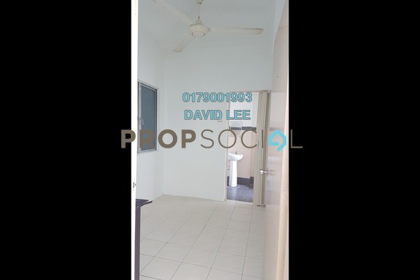 Condominium For Sale in The Heron Residency, Puchong Freehold Unfurnished 2R/1B 250k