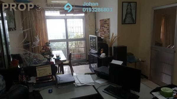 For Sale Apartment at USJ Heights, UEP Subang Jaya Freehold Semi Furnished 3R/2B 380k
