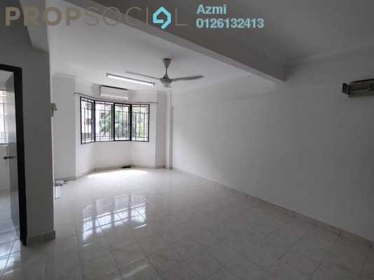 For Sale Apartment at Carlina Apartment, Kota Damansara Freehold Semi Furnished 3R/2B 330k