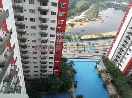 Serviced Residence For Sale in Main Place Residence, UEP Subang Jaya Freehold Semi Furnished 2R/1B 395k