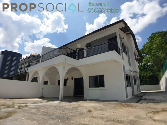 Semi-Detached For Sale in Jalan Station, Bandar Johor Bahru Freehold Unfurnished 4R/3B 580k