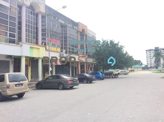 Shop For Sale in Bandar Pinggiran Subang, Subang Freehold semi_furnished 4R/6B 750k