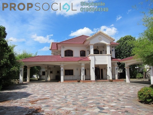 Bungalow For Sale in Glenmarie Courts, Glenmarie Freehold Semi Furnished 8R/7B 18m