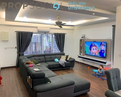 Semi-Detached For Sale in The Clover Homes @ Laman Semanggi, Semenyih Leasehold Semi Furnished 4R/4B 590k
