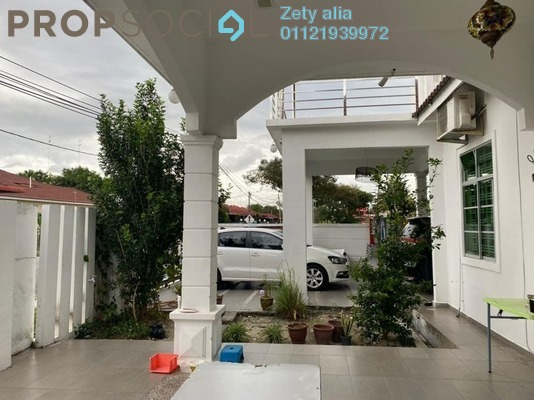 Bungalow For Sale in Taman Putera Indah, Muar Freehold Semi Furnished 5R/3B 899k
