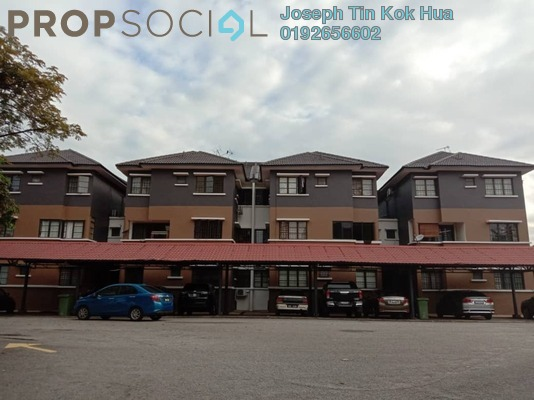 Townhouse For Sale in Villa OUG, Old Klang Road Freehold Semi Furnished 3R/3B 500k