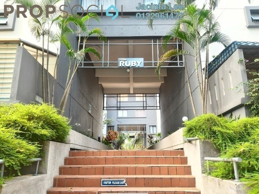 Condominium For Sale in Tiara Ampang, Ampang Freehold Semi Furnished 4R/3B 380k