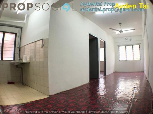 Apartment For Sale in Taman Setia Rawang, Rawang Freehold Unfurnished 3R/2B 88k