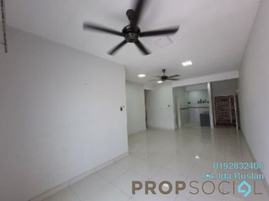 Condominium For Sale in Kristal View, Shah Alam Freehold Unfurnished 4R/2B 428k