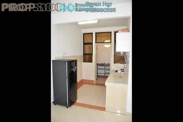 Condominium For Rent in Pelangi Utama, Bandar Utama Leasehold Semi Furnished 3R/2B 1.7k