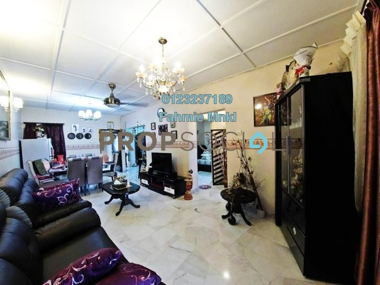 Apartment For Sale in Hijau Ria, Kepong Leasehold semi_furnished 3R/2B 350k