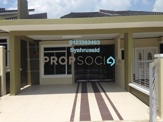 Terrace For Sale in Taman Nusari Aman, Bandar Sri Sendayan Freehold Unfurnished 3R/2B 275k