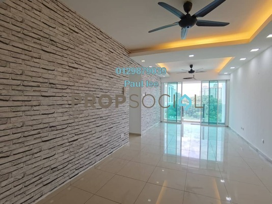 Condominium For Sale in The Zest, Bandar Kinrara Freehold Semi Furnished 3R/2B 560k