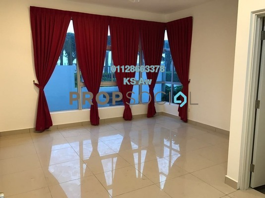 Condominium For Sale in D'Rich Executive Suites, Iskandar Puteri (Nusajaya) Freehold unfurnished 3R/3B 700k