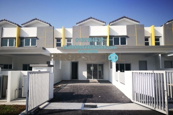 Terrace For Sale in Cherry, Hillpark Freehold Unfurnished 4R/3B 580k