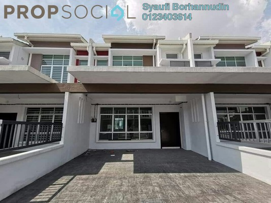 Terrace For Sale in Maplé, Hillpark Freehold Unfurnished 4R/3B 490k