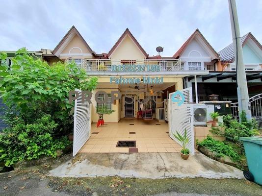 Terrace For Sale in Taman Setiawangsa, Setiawangsa Freehold Semi Furnished 4R/3B 920k