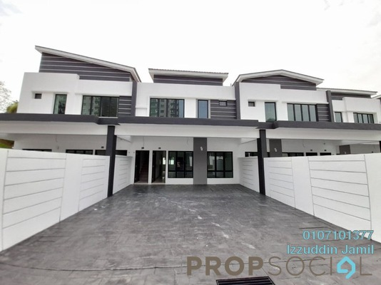 Townhouse For Sale in Wira Heights, Bandar Sungai Long Freehold Unfurnished 3R/2B 522k