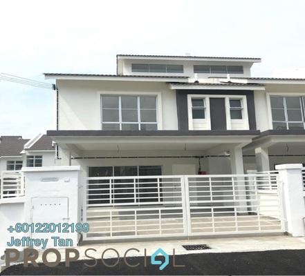 Terrace For Sale in Taman Dato Demang, Bandar Putra Permai Freehold Unfurnished 4R/3B 690k