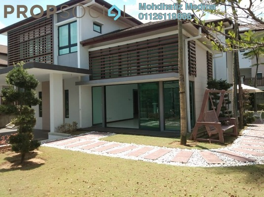 Bungalow For Sale in Subang Bestari, Subang Freehold semi_furnished 7R/8B 2.3m