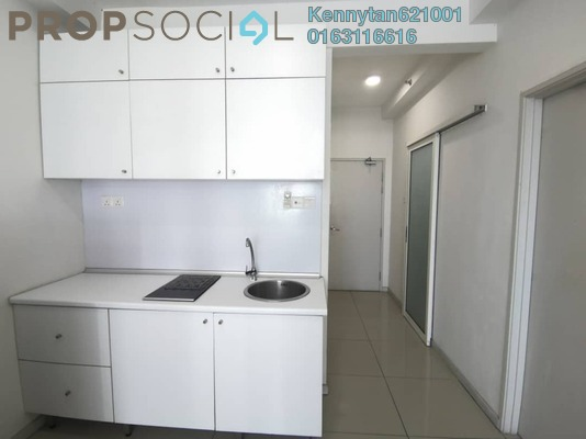 Serviced Residence For Rent in Centrestage, Petaling Jaya Freehold Semi Furnished 2R/2B 1.45k