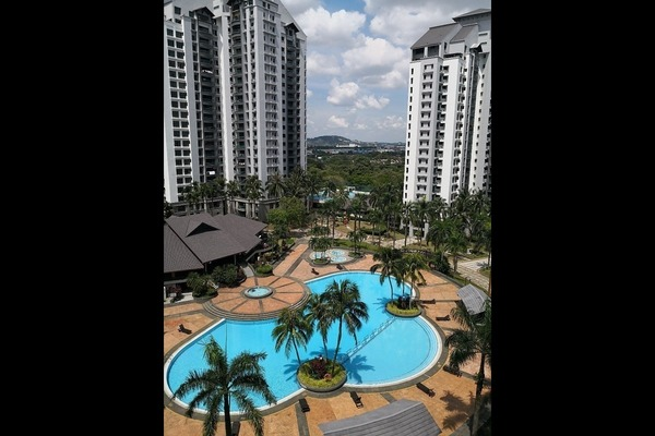 Condominium For Rent in Straits View Condominium, Bandar Baru Permas Jaya Freehold Fully Furnished 3R/2B 4k