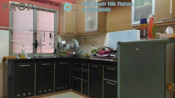 Apartment For Sale in Sri Cempaka Apartment, Kajang Freehold Semi Furnished 3R/2B 270k