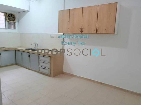 Townhouse For Sale in Taman Bukit Desa, Kepong Freehold Semi Furnished 3R/2B 430k