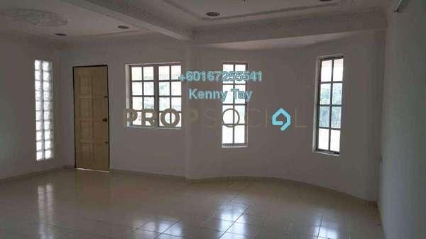 Terrace For Sale in Taman Bukit Desa, Kepong Freehold Semi Furnished 6R/3B 780k