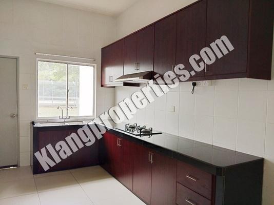 Terrace For Rent in Ambang Botanic 2, Klang Freehold Semi Furnished 4R/4B 2.1k