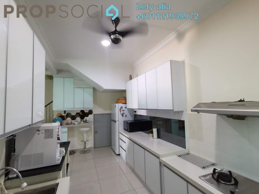 Serviced Residence For Sale in Taman Kasa Heights, Alor Gajah Freehold Semi Furnished 4R/3B 385k