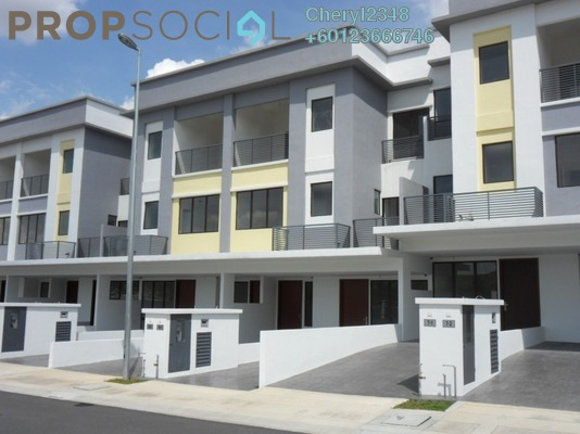 Townhouse For Rent in Odora Parkhomes, 16 Sierra Freehold Unfurnished 3R/3B 1.3k